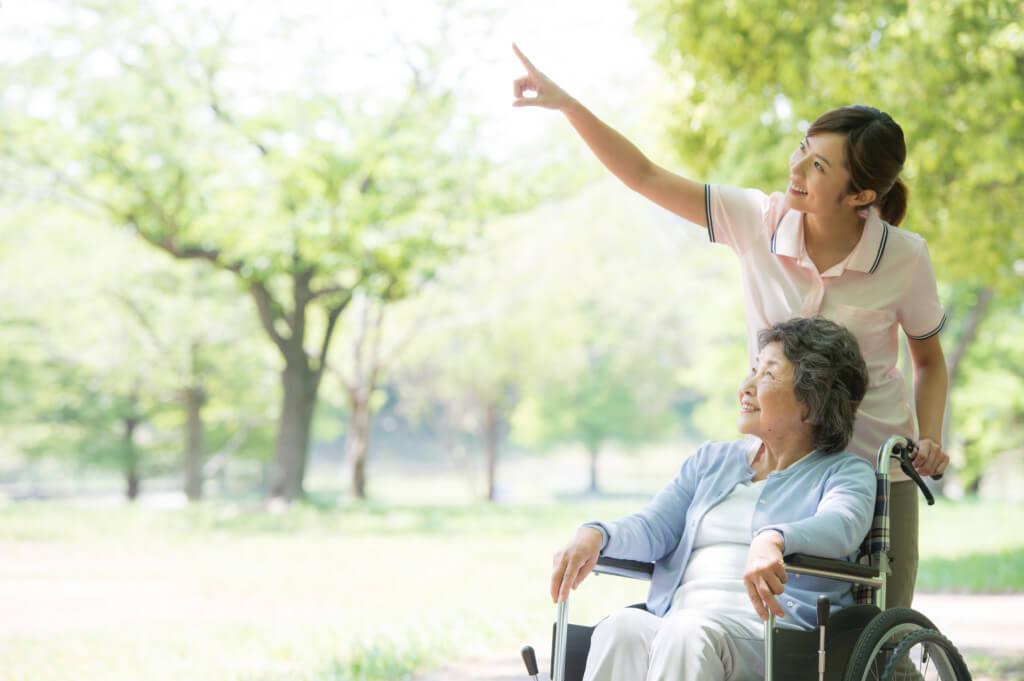 【介護職の転職】優良施設を見分ける5つの方法