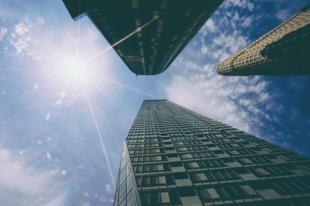 国産アパレル企業と外資系アパレル企業の3つの違い