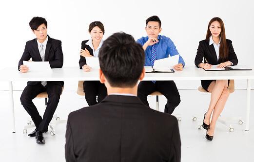 【学生向け】アパレルで本社勤務の内定を得る2つの方法