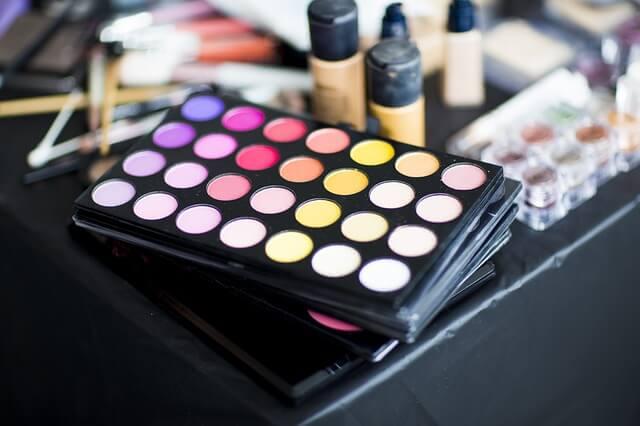 アパレル業界から化粧品業界に転職!お勧め外資系コスメ企業3選