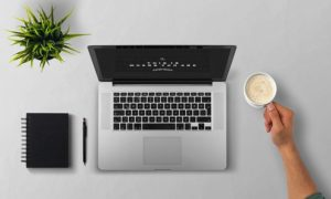 ブログは毎日更新すべきか否か。凡人は黙って書くしかない。